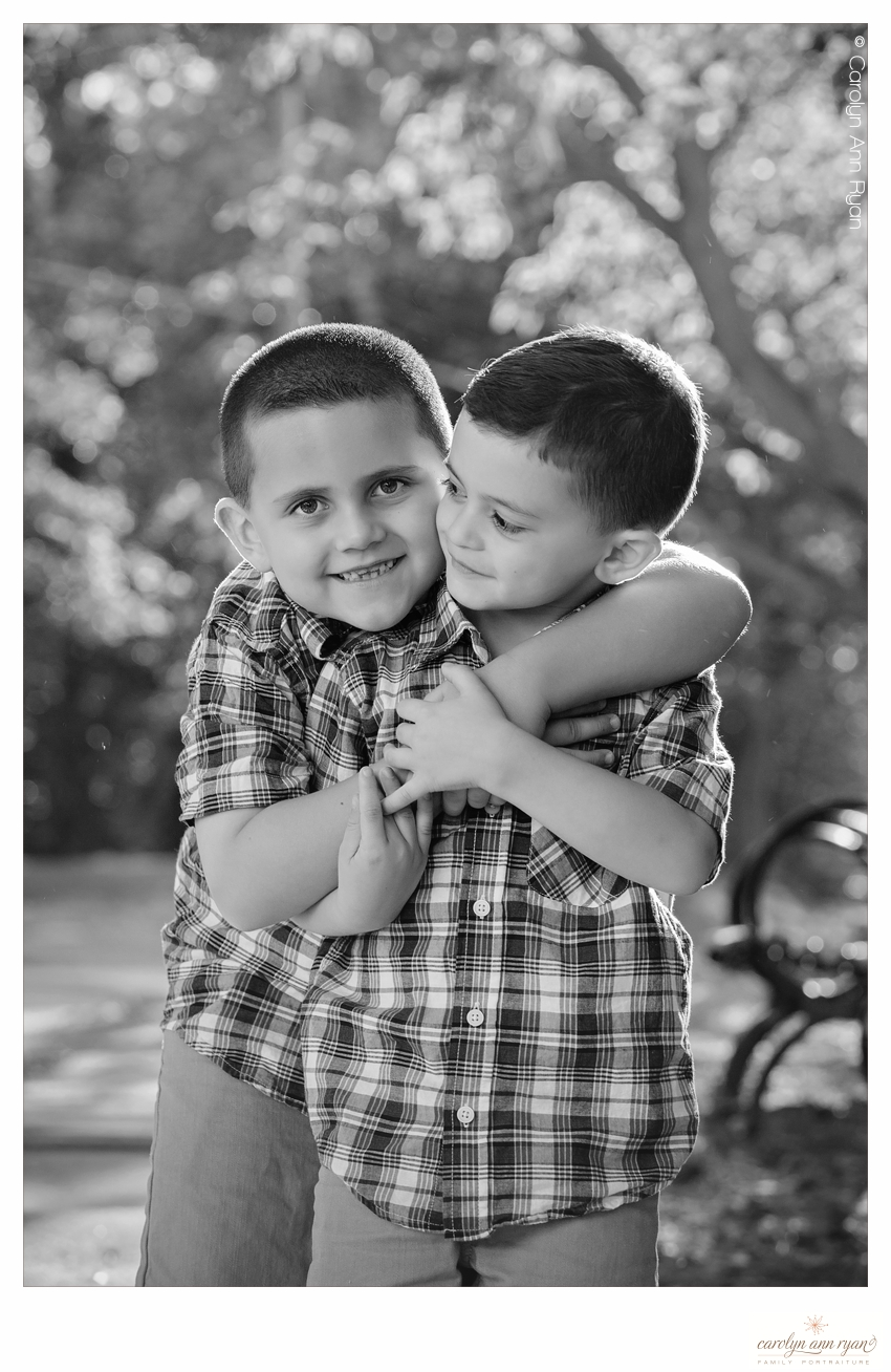 Charlotte NC Family Photographer shares adorable hugs